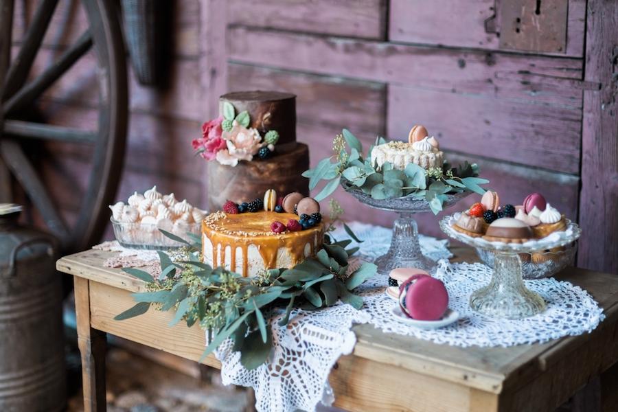 sweet table bohémien e colorato
