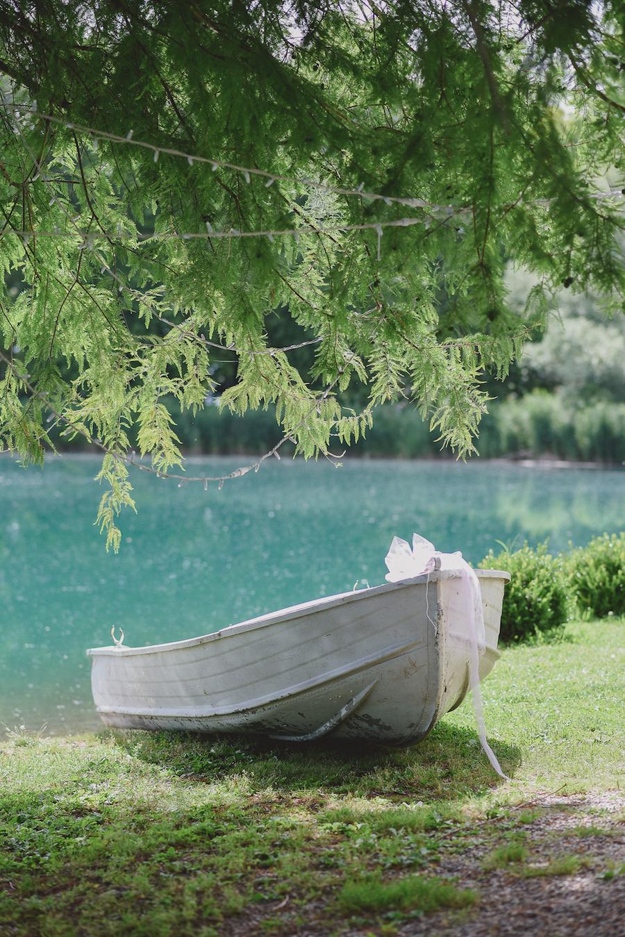 Matrimonio Sul Lago Toscana : Un coloratissimo matrimonio sul lago wedding wonderland