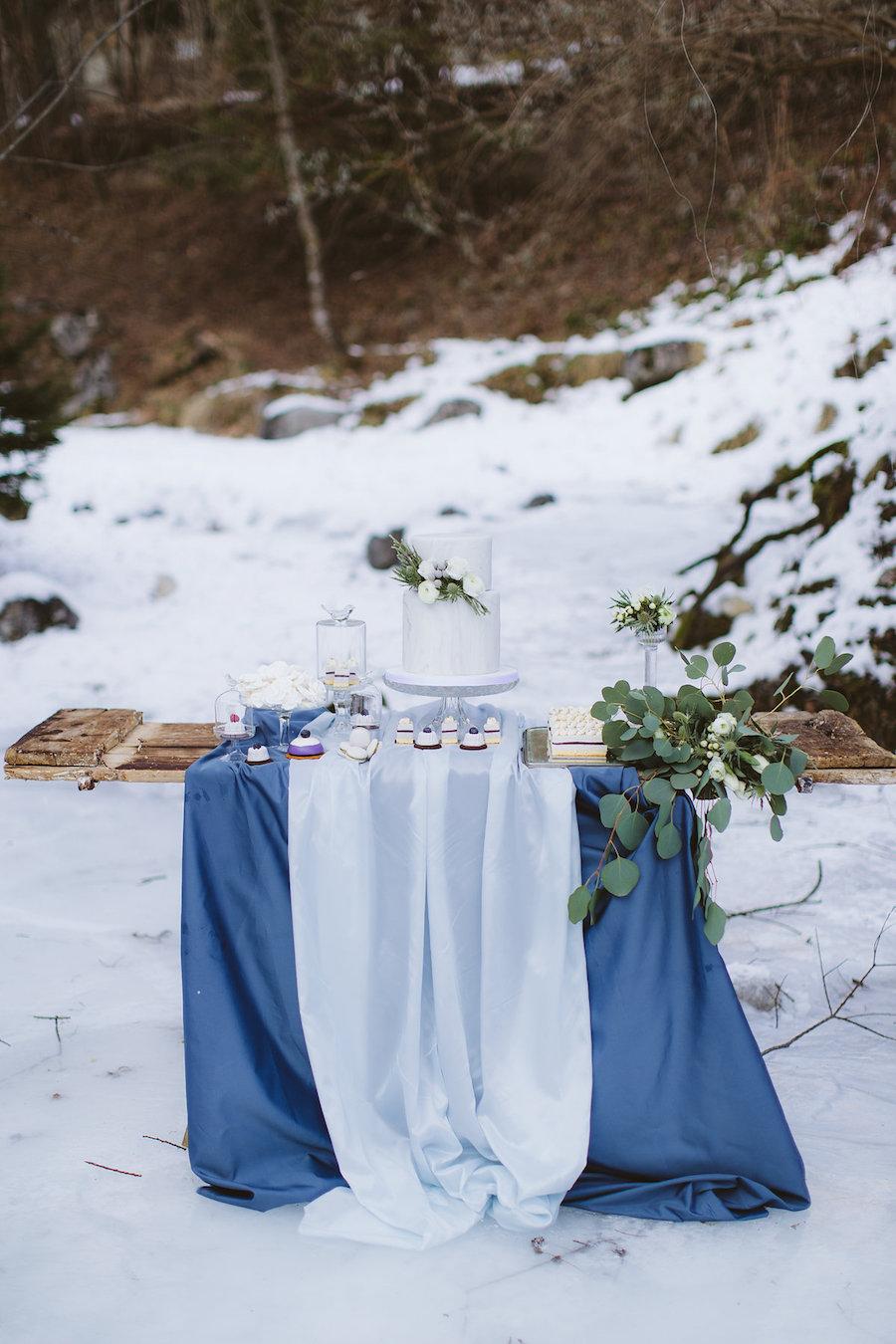 sweet table azzurro e blu invernale