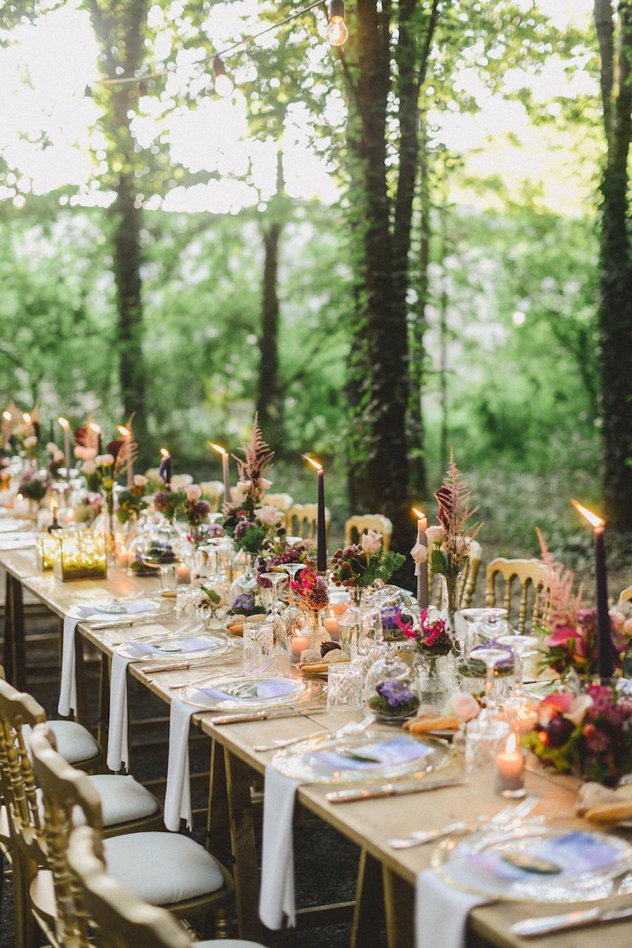 tavola matrimonio boho viola e oro