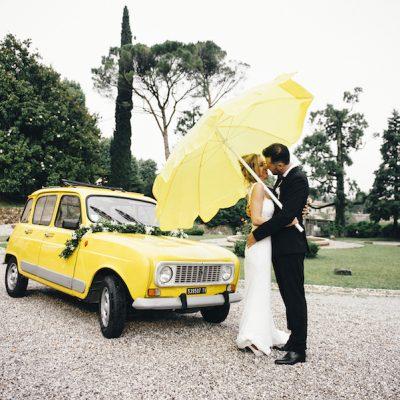 Un matrimonio eco-friendly sotto la pioggia