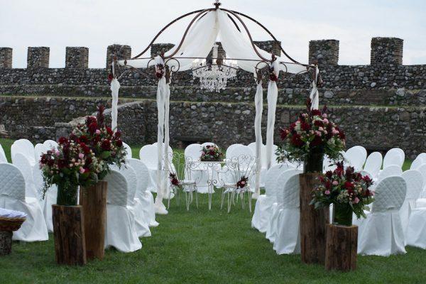 Dalie e rame per un matrimonio in autunno