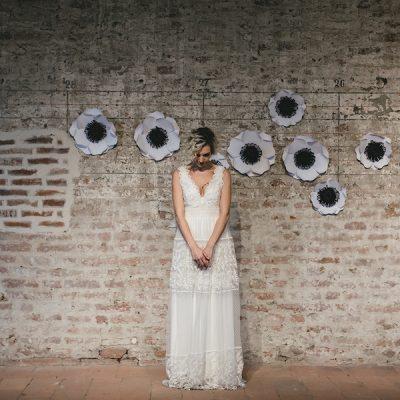 Ispirazione industriale e romantica per spose poco convenzionali