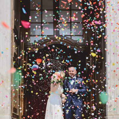 Un matrimonio tra rustico, vintage e mille colori