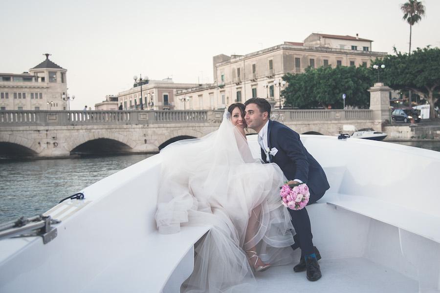 Molto Peonie e polaroid per un matrimonio a Siracusa | Wedding Wonderland JT95