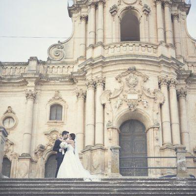 Oro e stile siciliano per un matrimonio a Modica