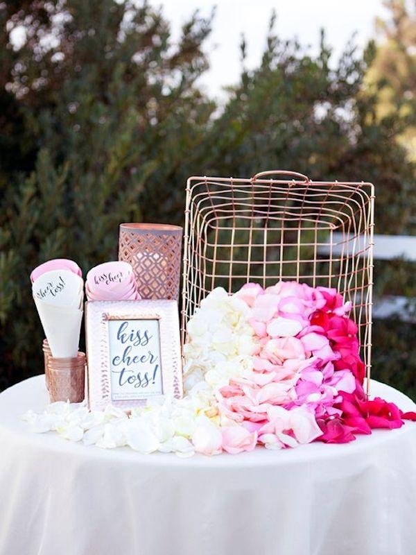 lancio dei petali matrimonio