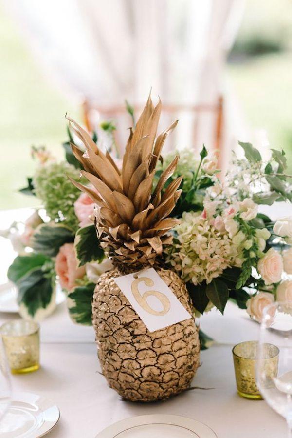 centrotavola con ananas