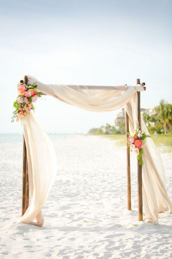 cerimonia tropicale sulla spiaggia