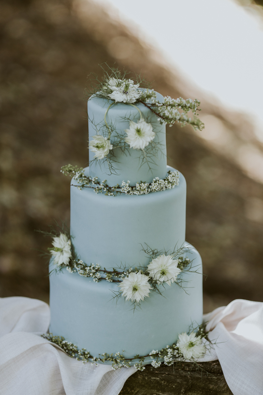 torta nuziale azzurra