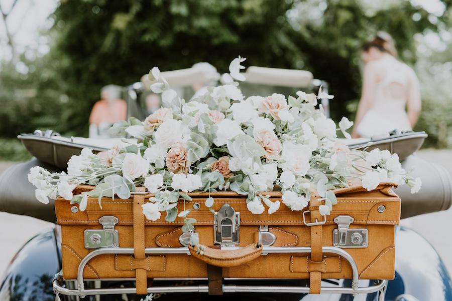 Addobbi Floreali Matrimonio Rustico : Rosa antico e foglie dulivo per un matrimonio rustico wedding