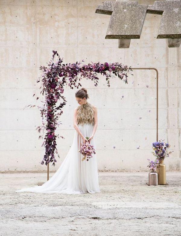 arco nuziale viola