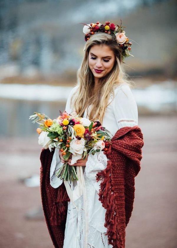 sposa invernale in rosso