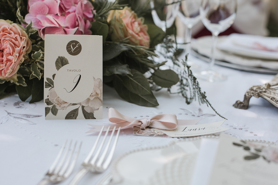 tavola matrimonio rosa