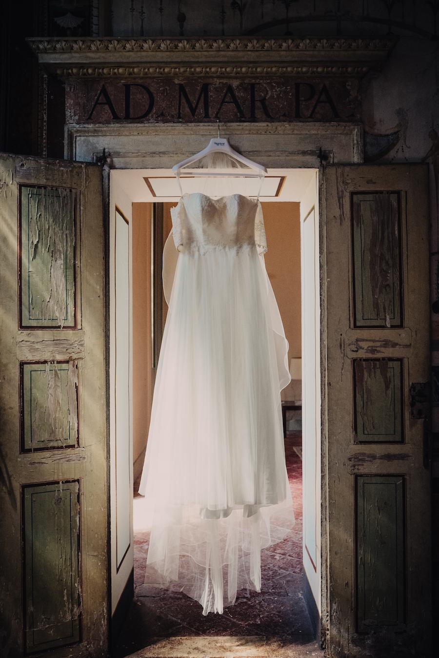 abito da sposa in pizzo