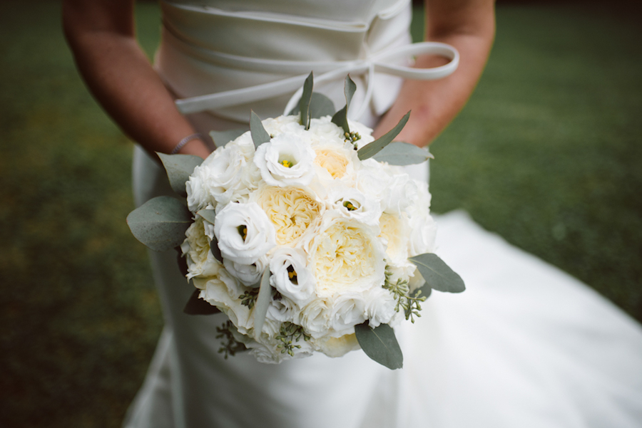 bouquet di rose da giardino bianche