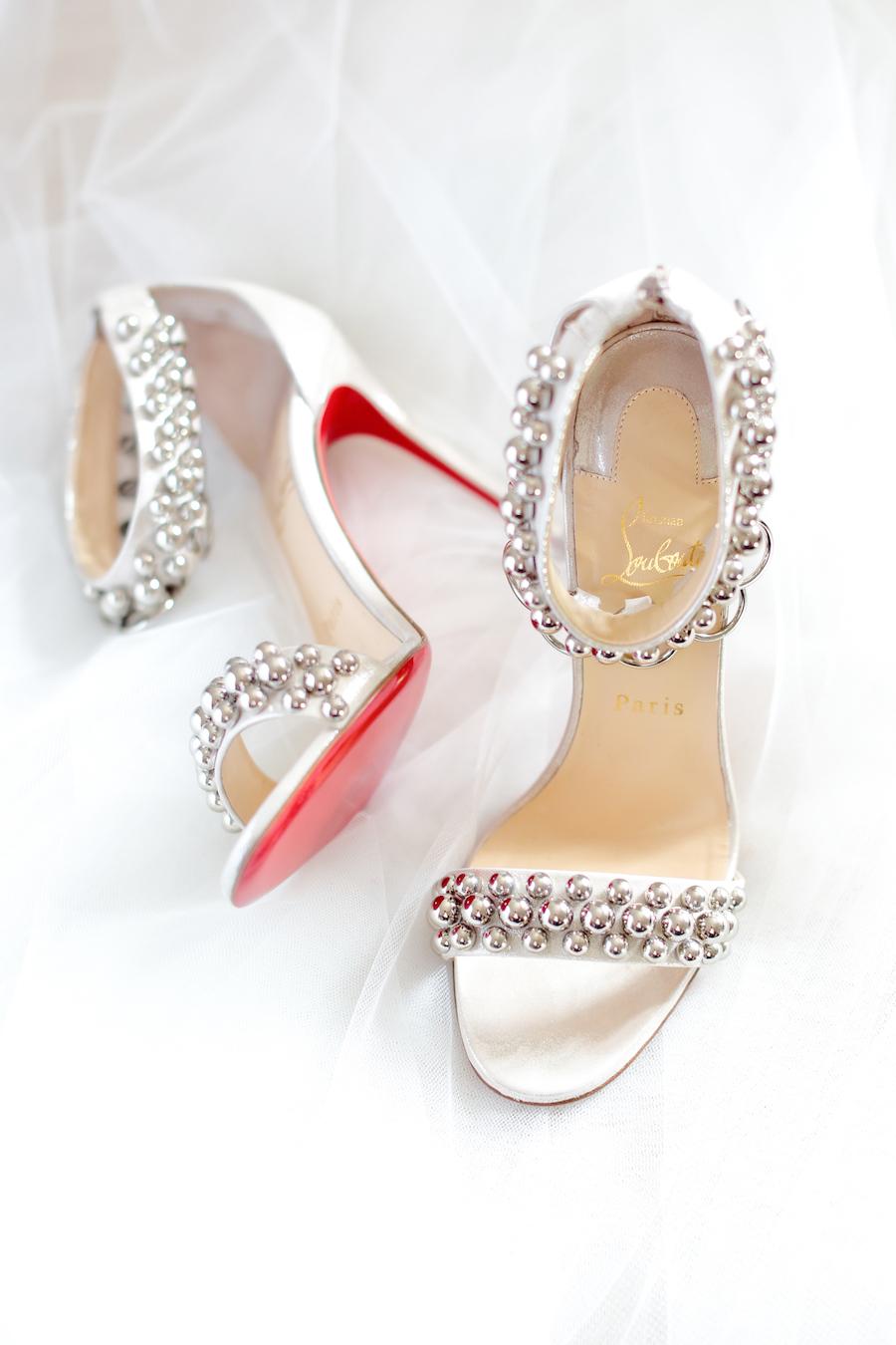 sandali argento louboutin