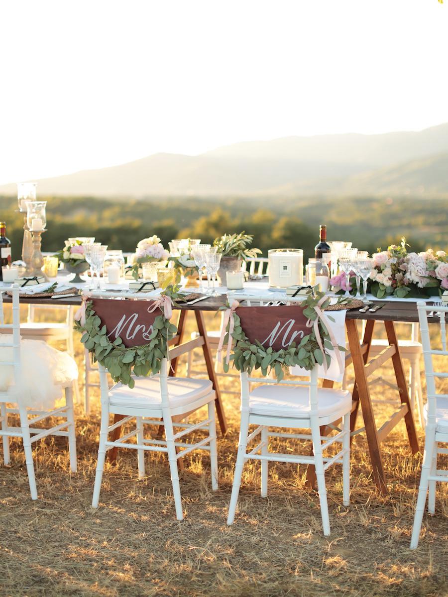 decorazione rustiche sedie sposi