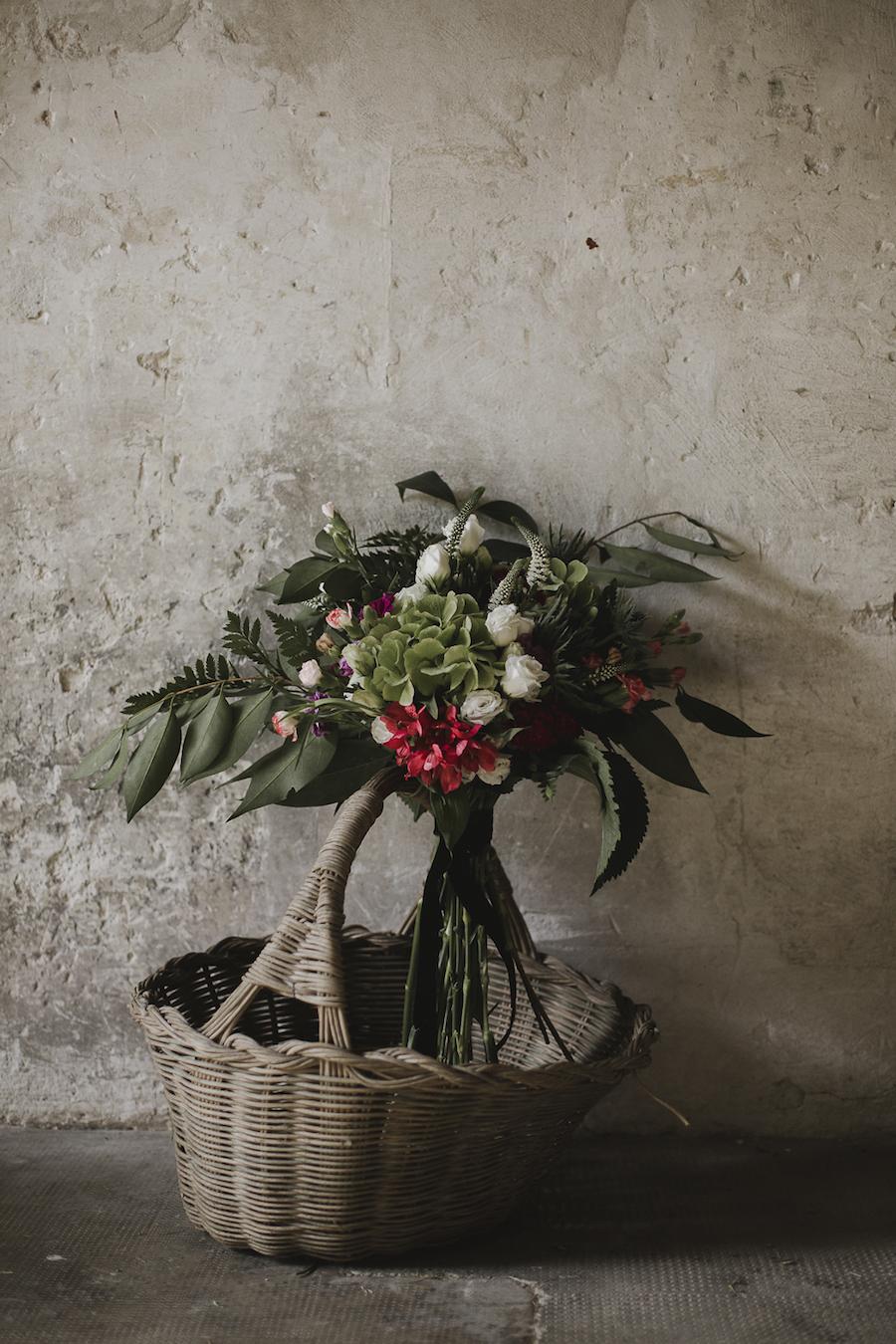 bouquet rosso bianco e verde