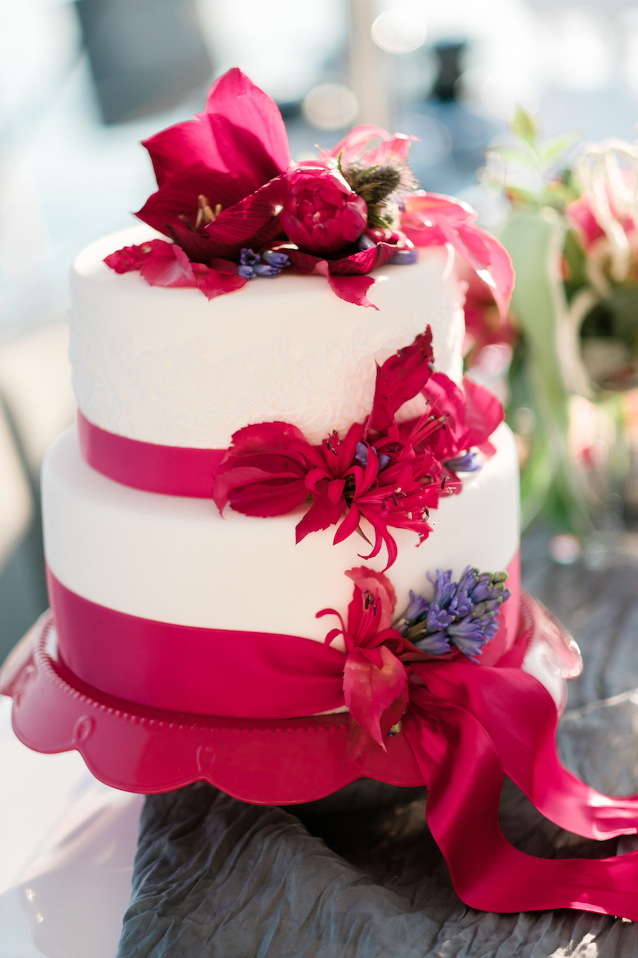 wedding cake bianca e rossa
