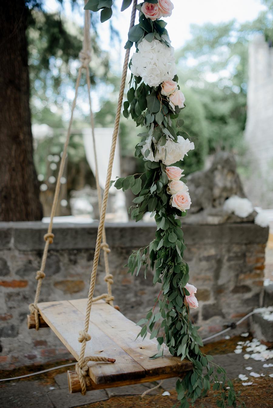 altalena floreale