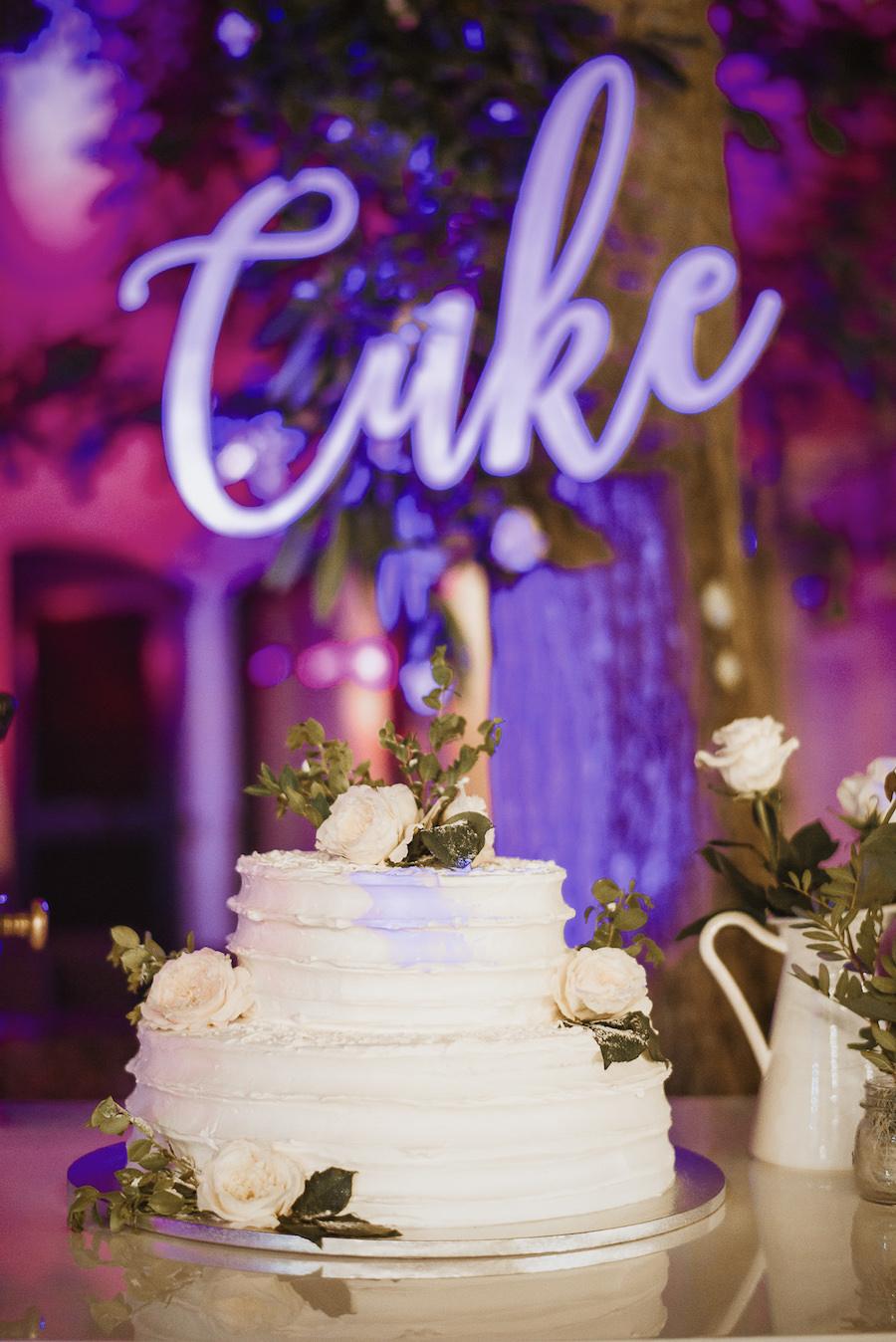 wedding cake decorata con fiori