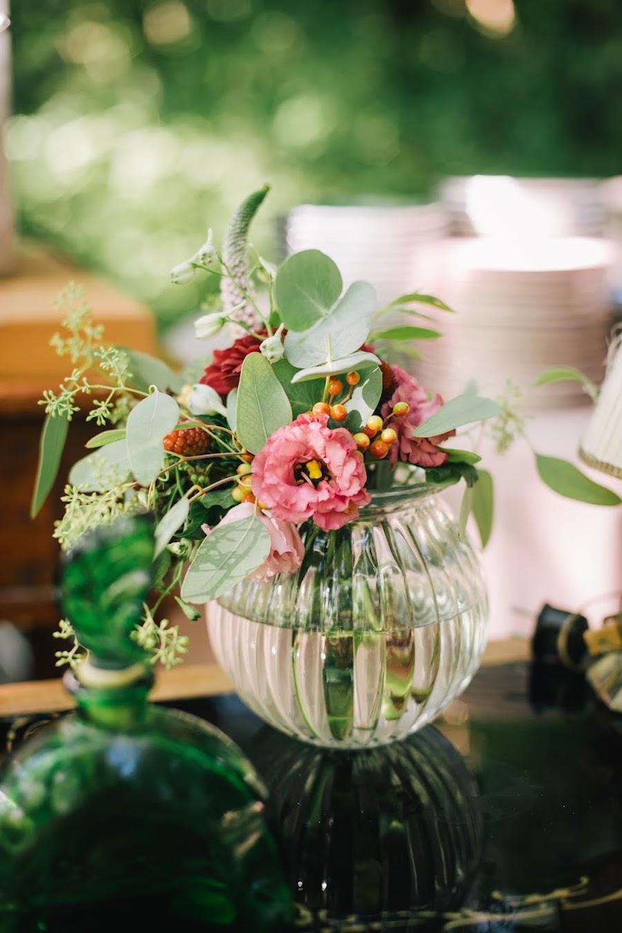 fiori rosa e rossi con foliage