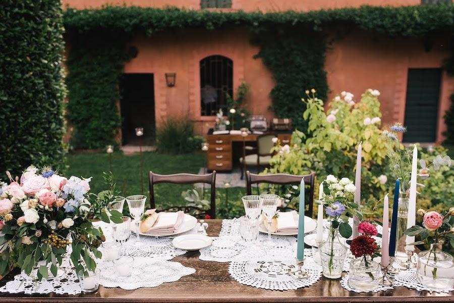 tavola matrimonio con centrini