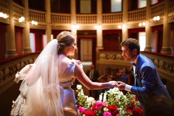 Un matrimonio a teatro
