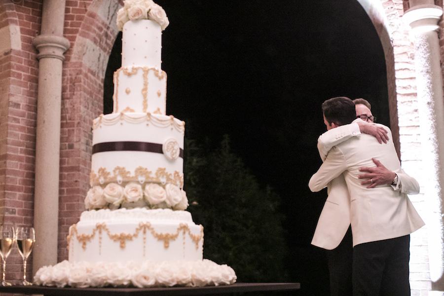 wedding cake bianca e oro