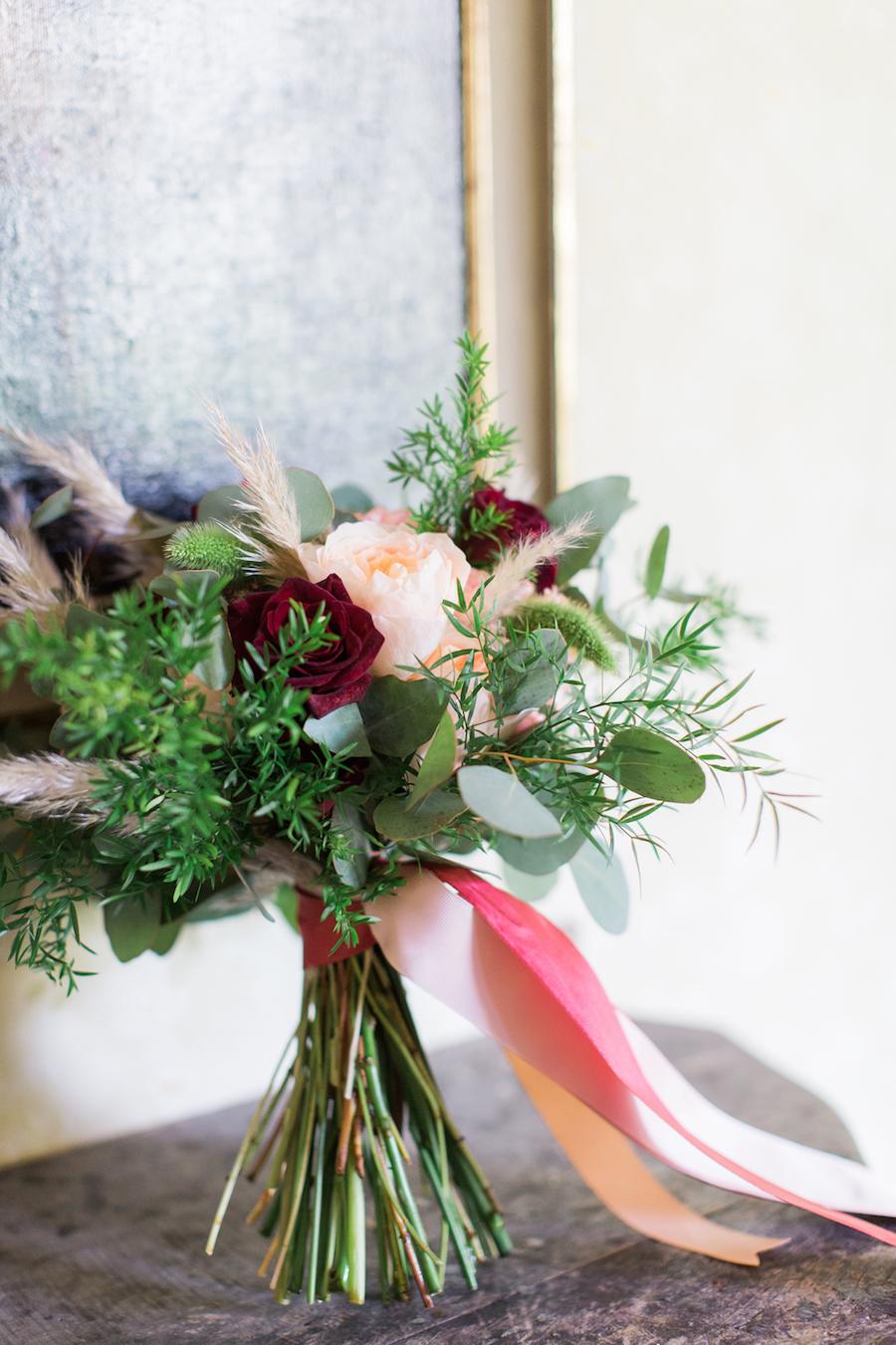 bouquet bordeaux, rosa e verde