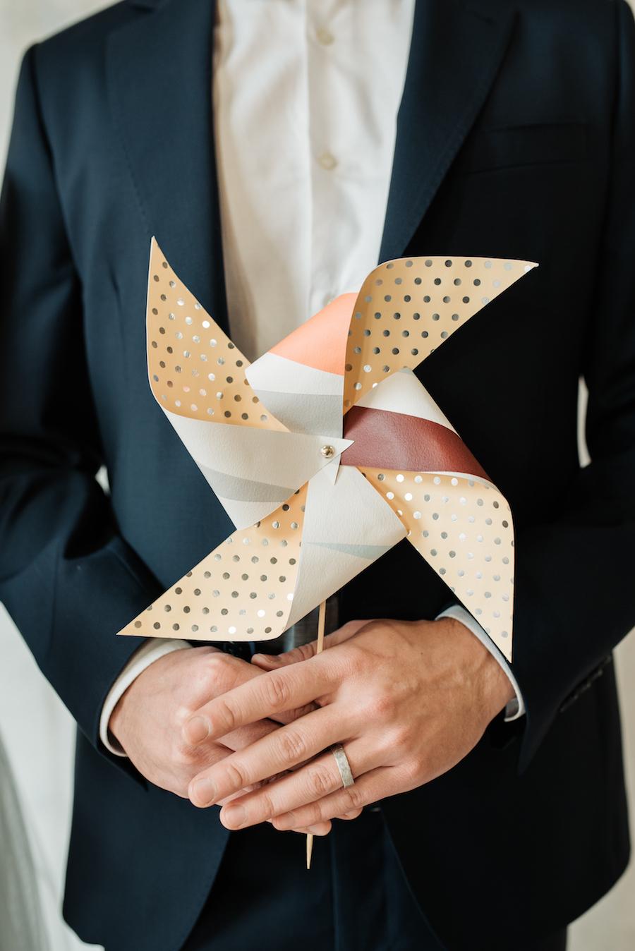 sposo con girandola