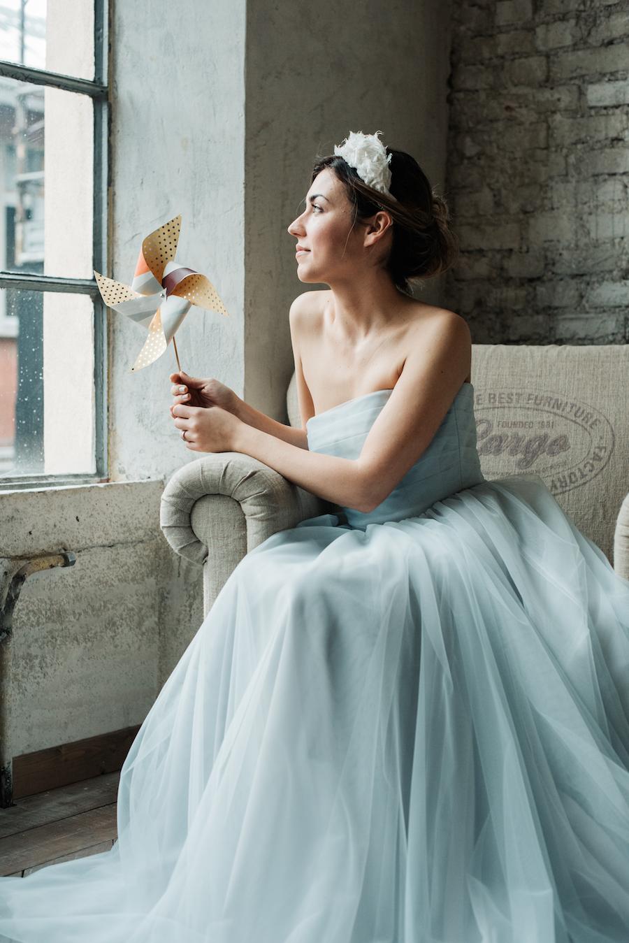 abito da sposa azzurro nadia manzato