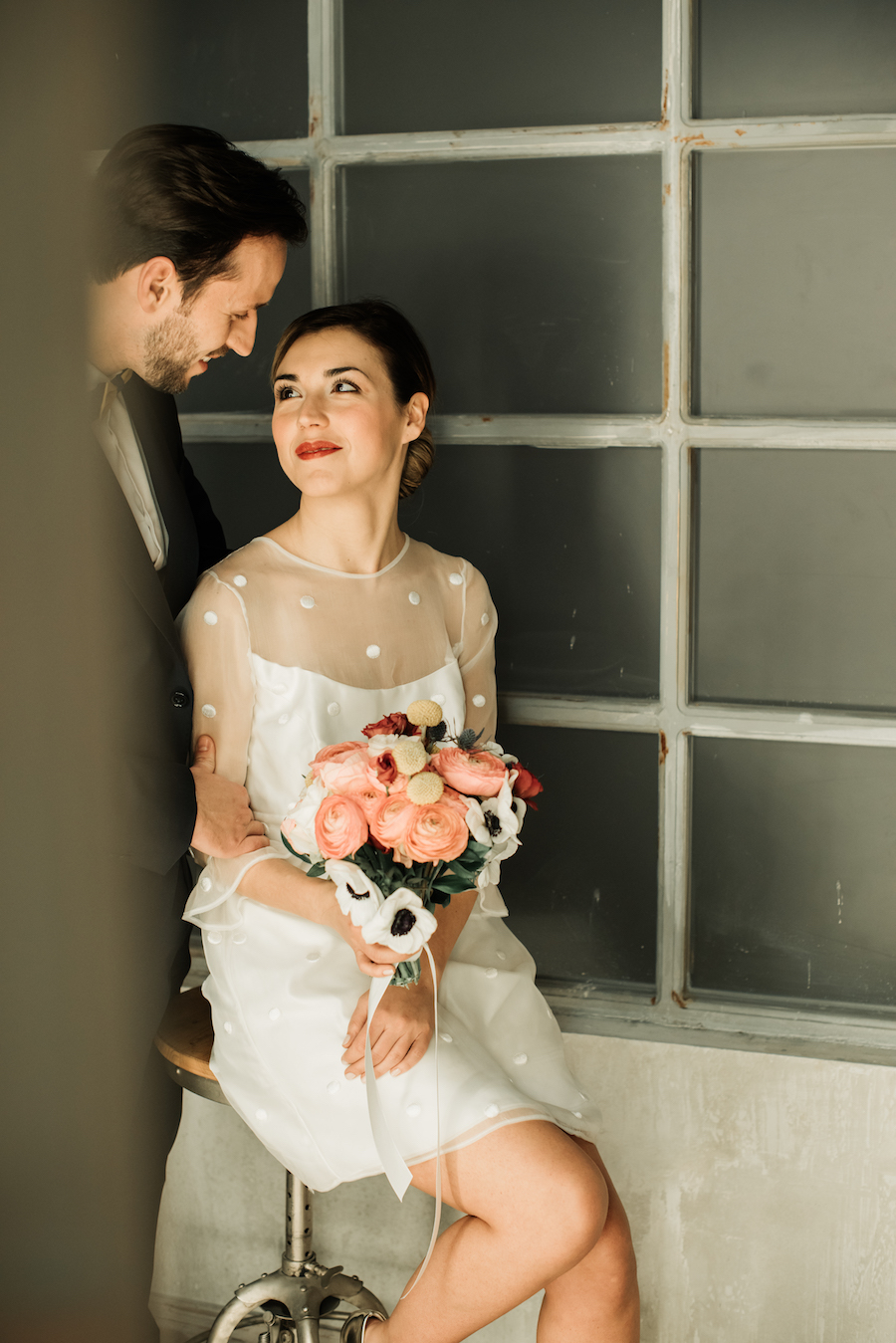 abito da sposa corto a pois nadia manzato
