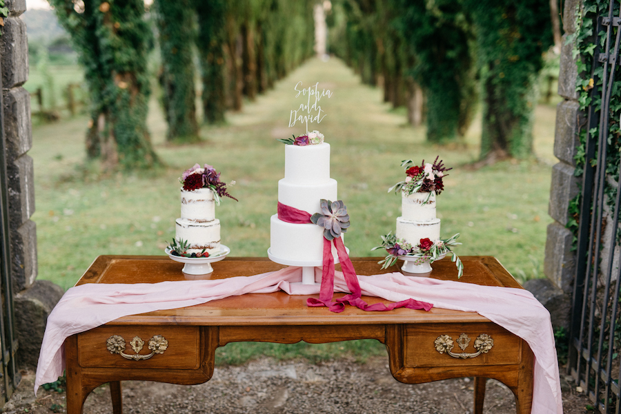 wedding cake bianche e vinaccia