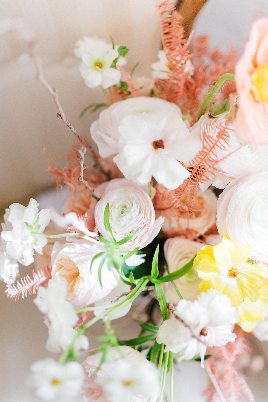 bouquet rosa, giallo e corallo