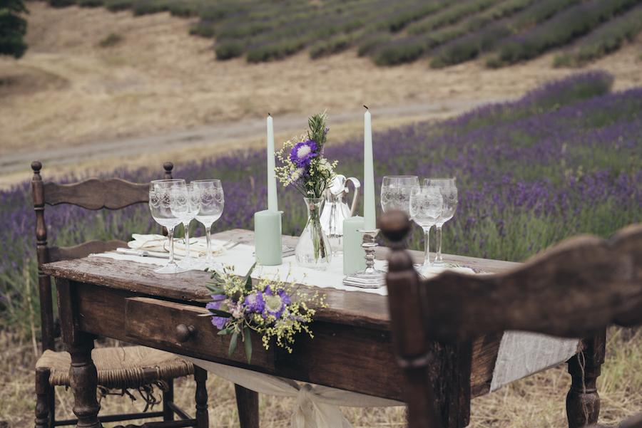 tavola matrimonio lavanda