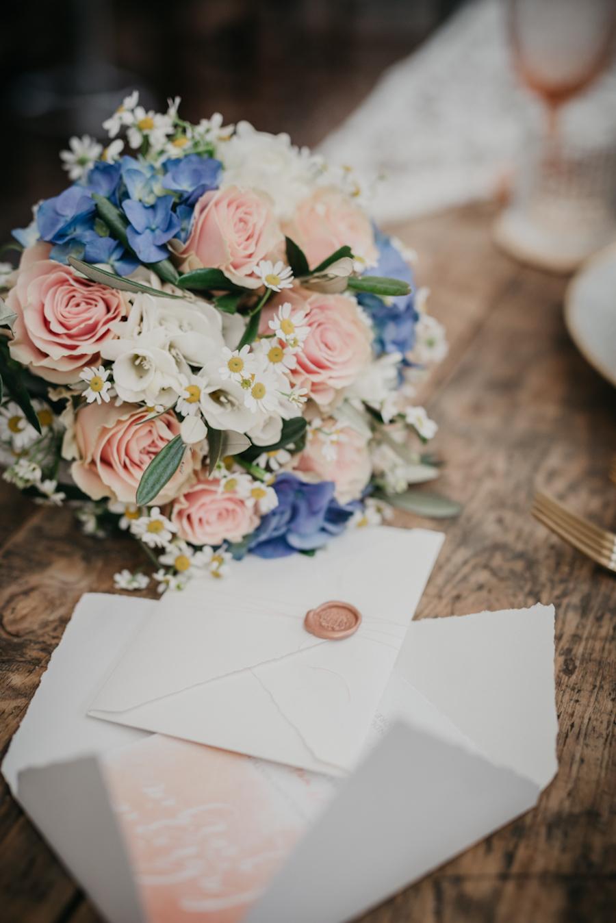 Matrimonio Rosa Quarzo E Azzurro Serenity : Ispirazione vintage e frizzante wedding wonderland