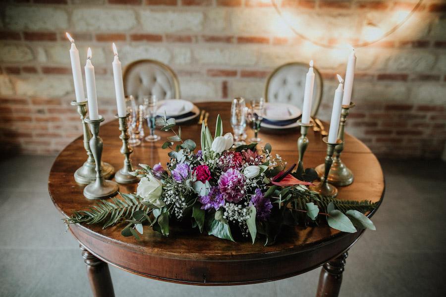 tavola matrimonio vintage ultra violet