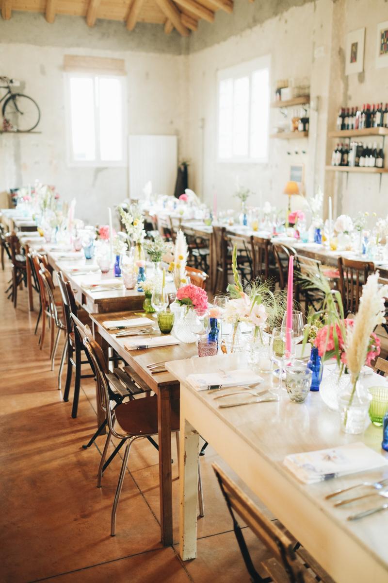 tavola matrimonio con colorato