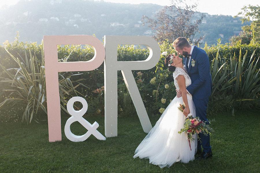 iniziali sposi oversize