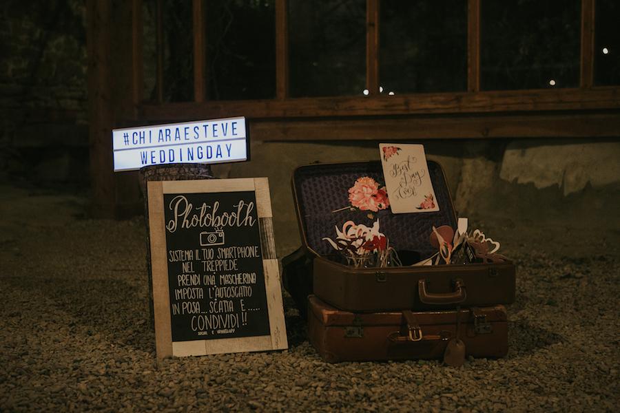 props photo booth con valigia in vintage