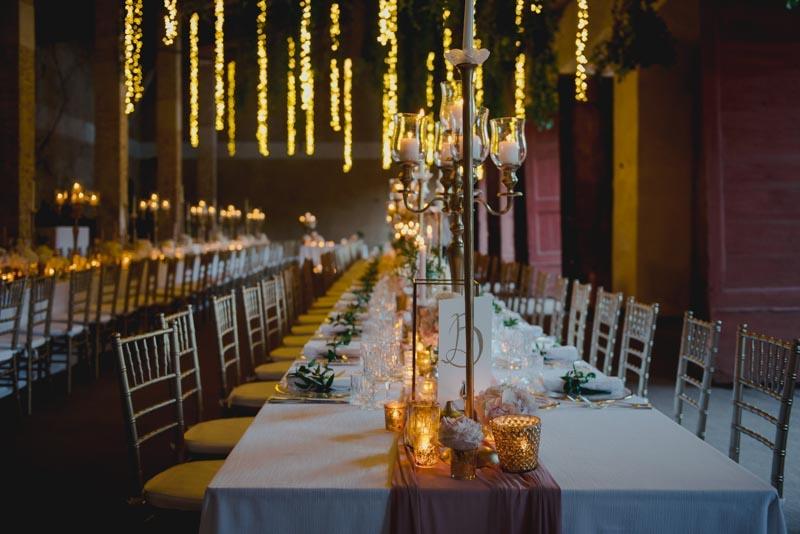 tavola matrimonio rosa e oro