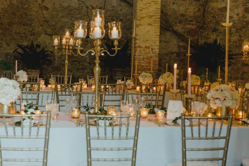 tavola matrimonio oro