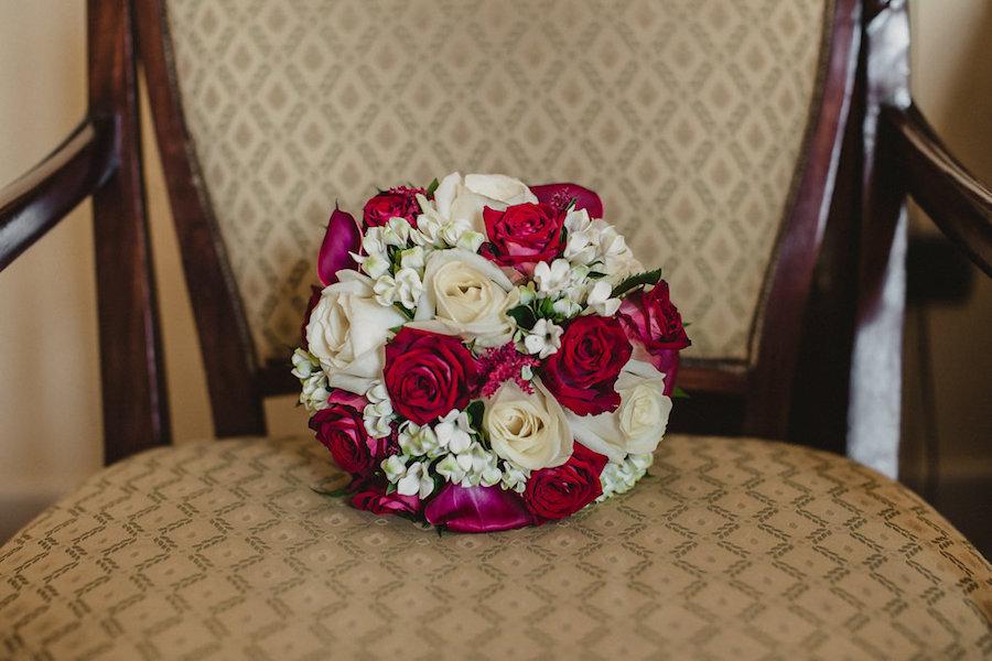 bouquet con rose marsala