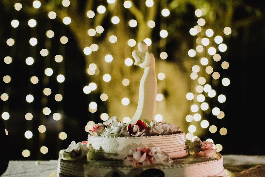 wedding cake country