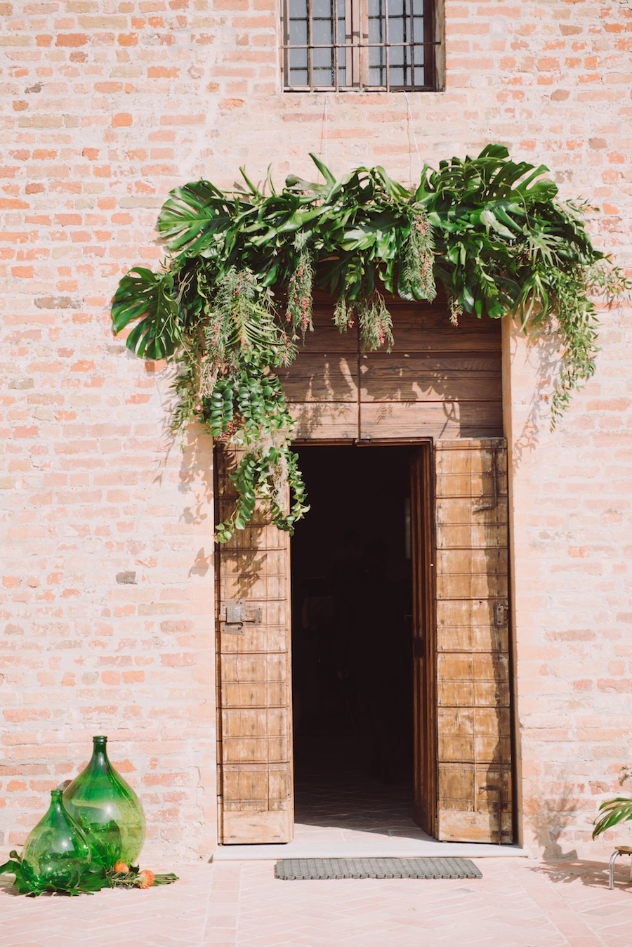 allestimento tropicale chiesa