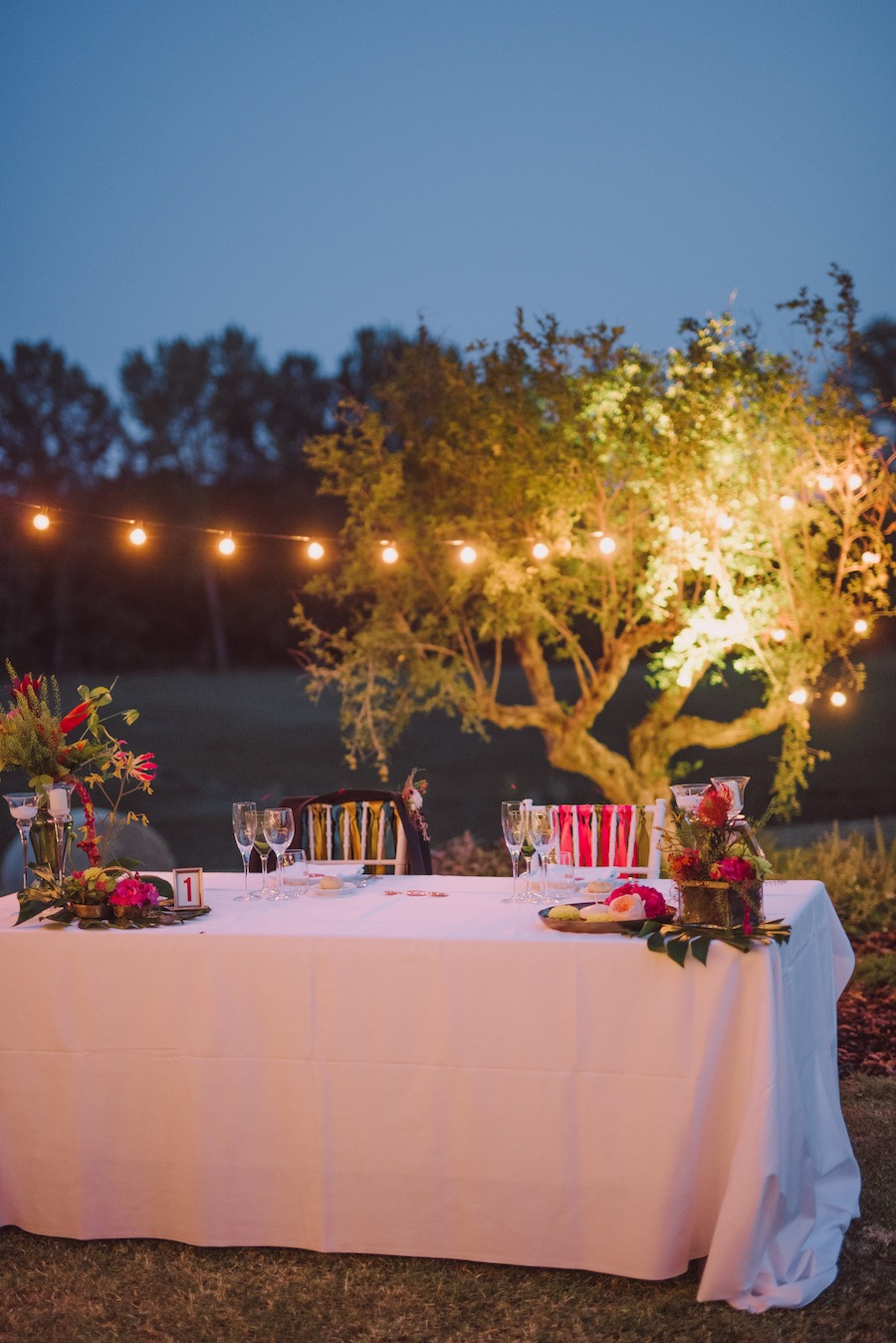 tavola matrimonio tropicale in rosso