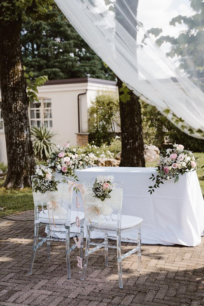 cerimonia romantica all'aperto