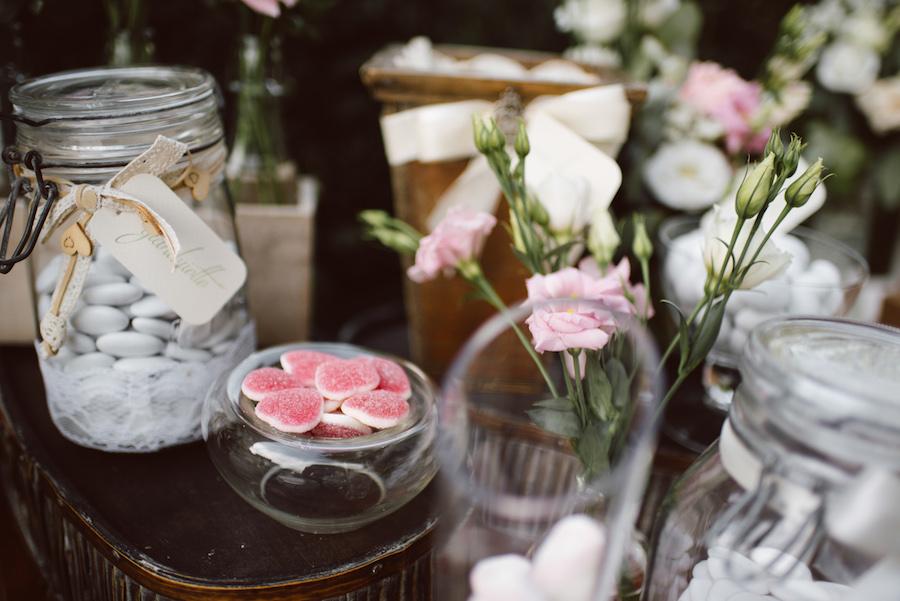 confettata bianca e rosa